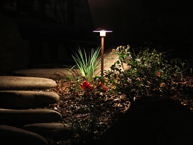 Low Voltage Landscape Lighting For Trees : Low voltage lighting frontier landscaping